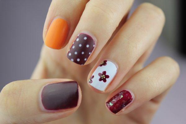 nail-art-2688565_1920